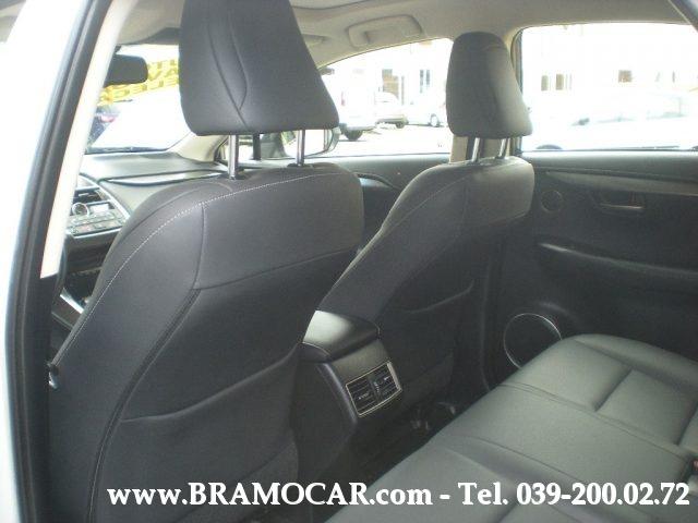 Immagine di LEXUS NX 300h HYBRID 4WD EXECUTIVE – KM 11.167 – BIANCO PERLATO