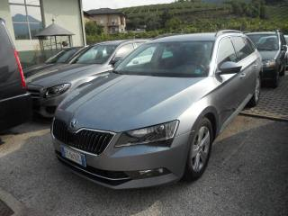 SKODA Superb 2.0 TDI DSG Wagon Ambition Usata