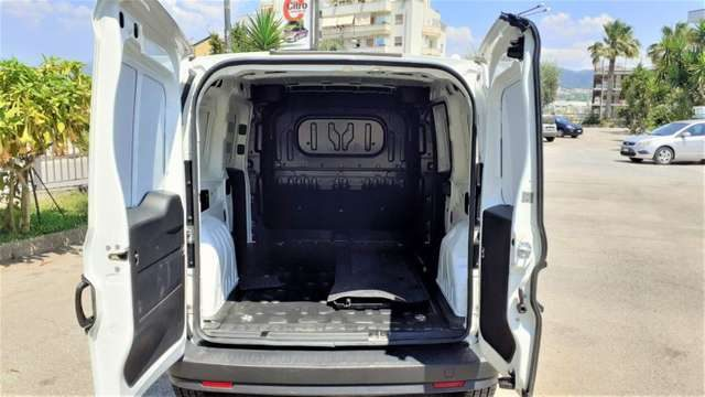 Immagine di FIAT Doblo 1.6 MJT 105CV Maxi Cargo Lamierato