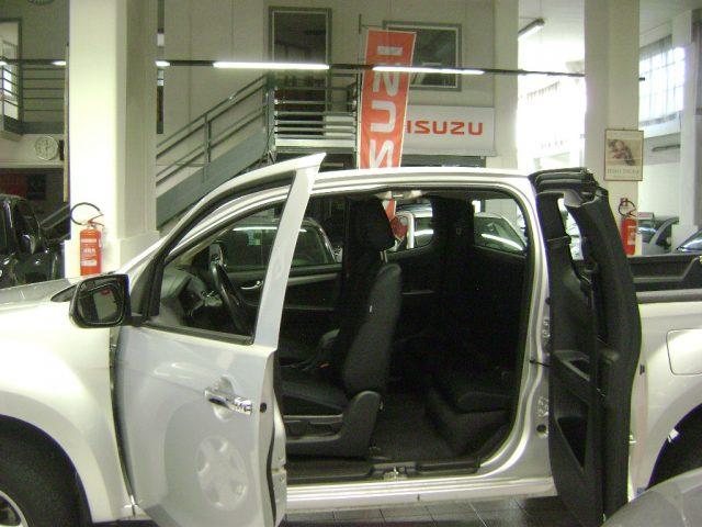 Immagine di ISUZU D-Max 2.5 Space Cab Solar 4WD