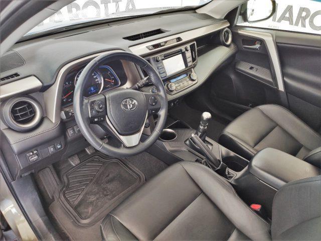 Immagine di TOYOTA RAV 4 RAV4 2.0 D-4D 4WD Lounge ANNIVERSARIO IPER FULL
