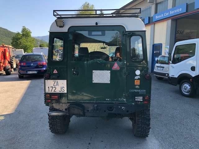 Immagine di LAND ROVER Defender 90 2.5 Td5 Station Wagon autovettura 6 posti