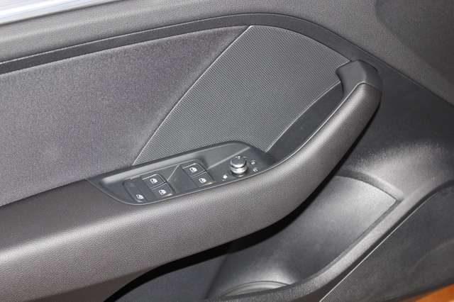 Immagine di AUDI A3 Sedan 30 TDI S tronic Business