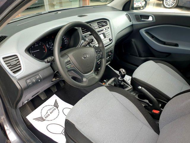 Immagine di HYUNDAI i20 1.1 CRDi 12V 5 porte Style RedAuto