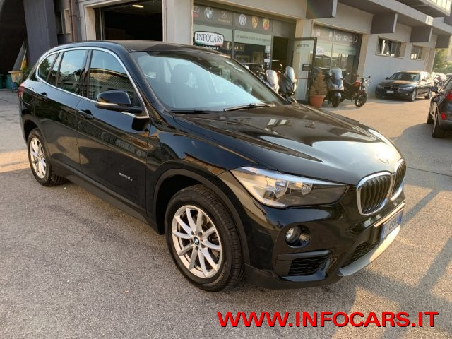 BMW X1 Nero pastello