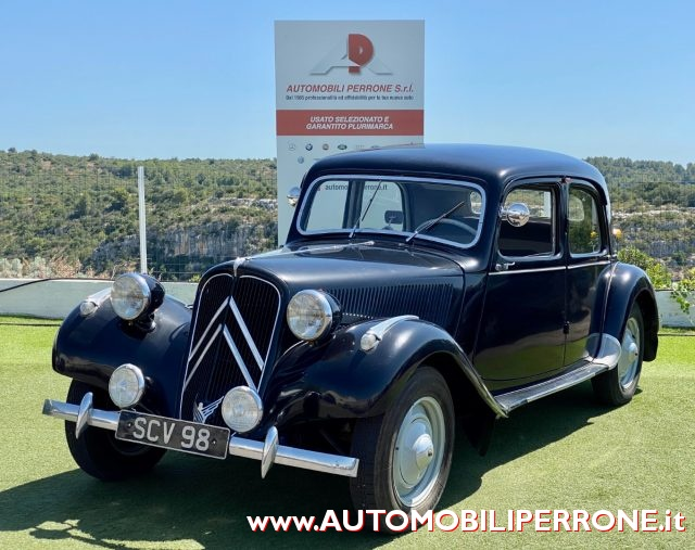 CITROEN Traction Avant Nero pastello