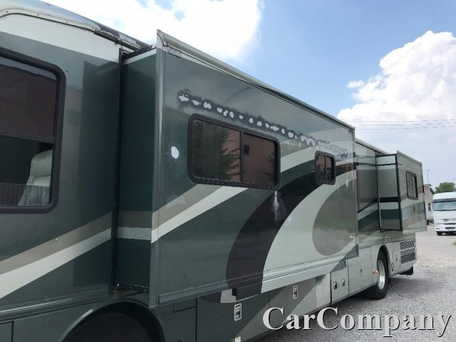 Immagine di CARAVANS-WOHNM Fleetwood MOTORHOME AMERICAN DREAM USA 2 SLIDE OUT 12 METRI