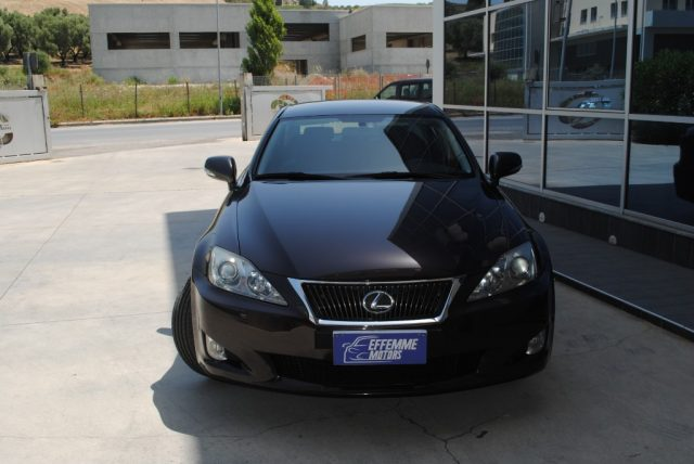 LEXUS IS 220d 2.2 D  190 cv