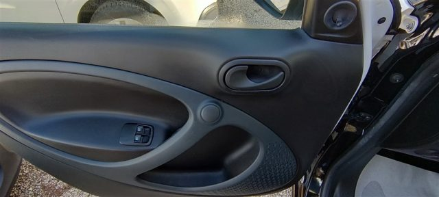 Immagine di SMART ForFour 70 1.0 Youngster ..