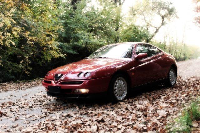 ALFA ROMEO GTV 2.0i V6 turbo cat Usato
