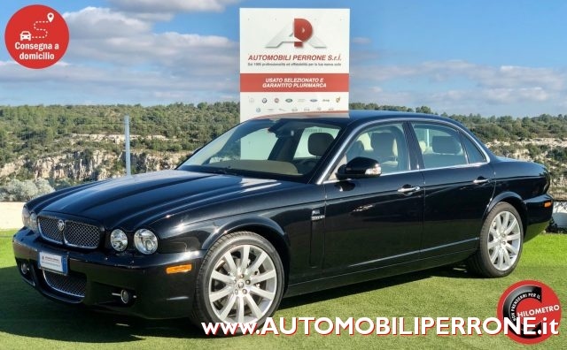 JAGUAR XJ 2.7 D V6 Executive Restyling - Service Book Jaguar