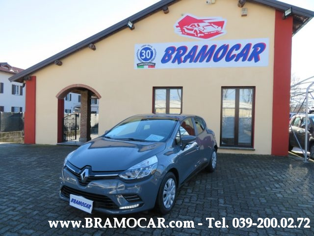 RENAULT Clio TCe 75cv 12v LIFE - 5 Porte - KM 32.330 - x NEOPAT