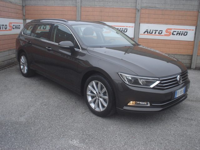 VOLKSWAGEN Passat Variant 2.0 TDI DSG BUSINESS BlueMotion Tech EURO 6B