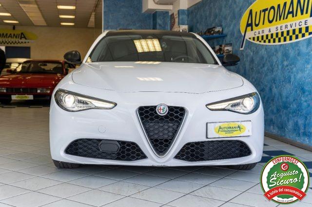 Immagine di ALFA ROMEO Giulia 2.2 150 CV AT8 All. Estetico Veloce / Quadrifoglio
