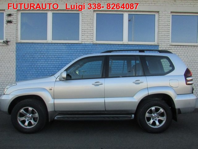 TOYOTA Land Cruiser 3.0 D-4D 16V cat 5 porte Sol
