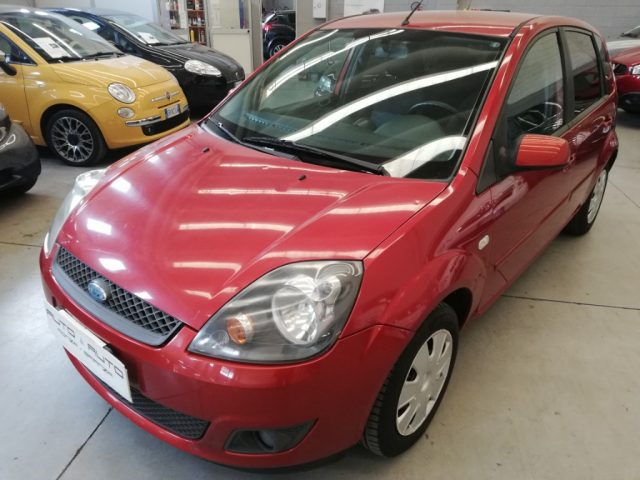 FORD Fiesta 1.2 16V 5p. Clever