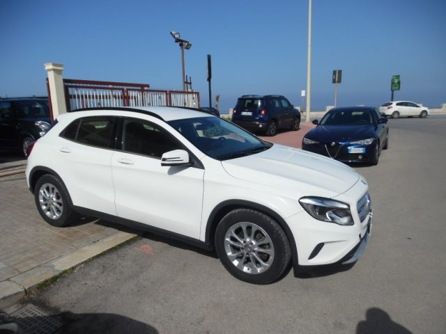 MERCEDES-BENZ GLA 200 d Automatic 4Matic Executive