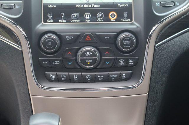 Immagine di JEEP Grand Cherokee 3.0 V6 CRD 250 CV Multijet II Overland TAGLIANDATA