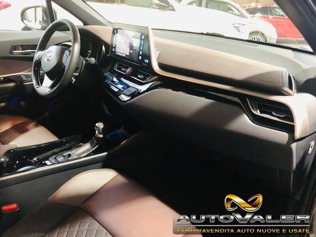 Immagine di TOYOTA C-HR 1.2 Turbo CVT 4x4WD Lounge,Cambio aut. pelle