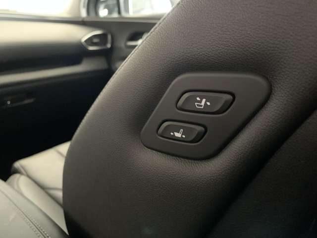 Immagine di HYUNDAI Santa Fe 2.2 CRDi 4WD A/T XPrime HTRAC