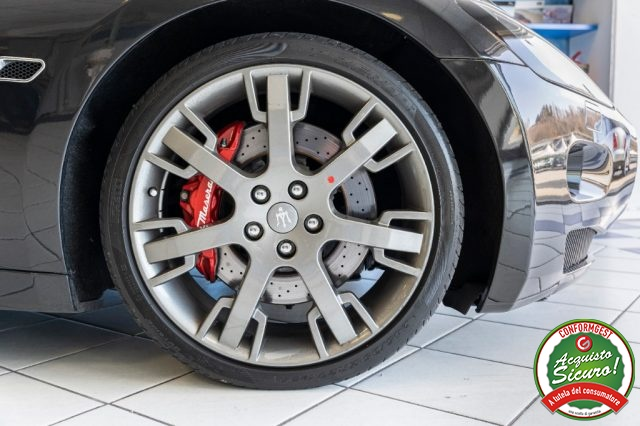 Immagine di MASERATI GranTurismo S 4.7 V8 Cambio F1 UNIPROP. Tagl. Uff. IVA ESPOSTA