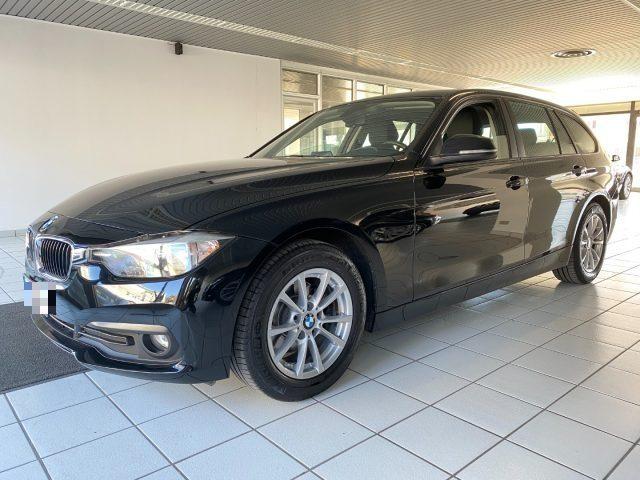 BMW 318 d Touring Business Advantage aut.  quot;Navi+PDC quot; Usato