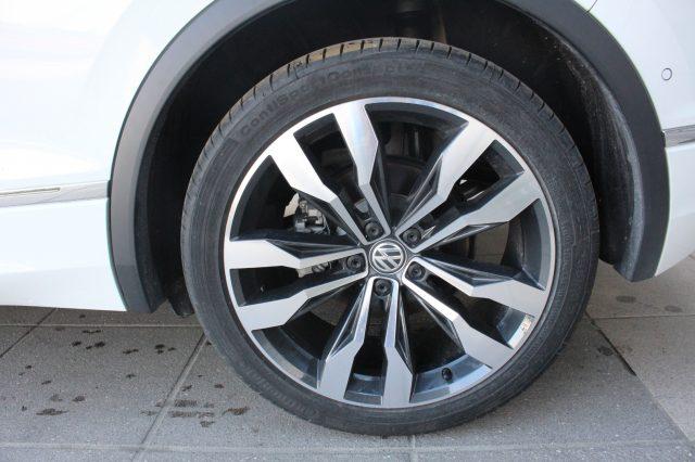 Immagine di VOLKSWAGEN Tiguan 1.5 TSI Sport ACT BlueMotion Technology R LINE