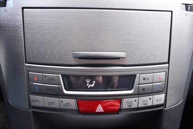 Immagine di SUBARU OUTBACK 2.5i Bi-Fuel Trend Limited