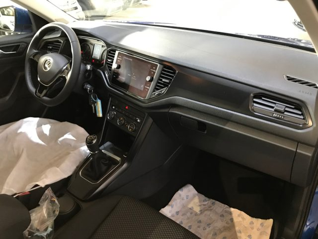 Immagine di VOLKSWAGEN T-Roc 1.0 TSI BMTech.+CAR PLAY+CLIMA AUTOM+SEDILI RISCAL