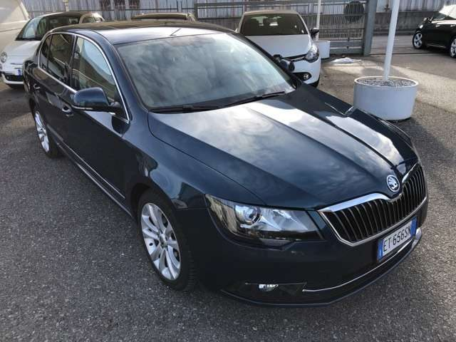 SKODA Superb 2.0 TDI CR 140 CV Ambition GreenT