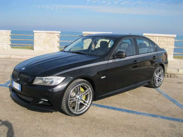 BMW 320 Serie 3 Allestimento Performance Bmw 200cv