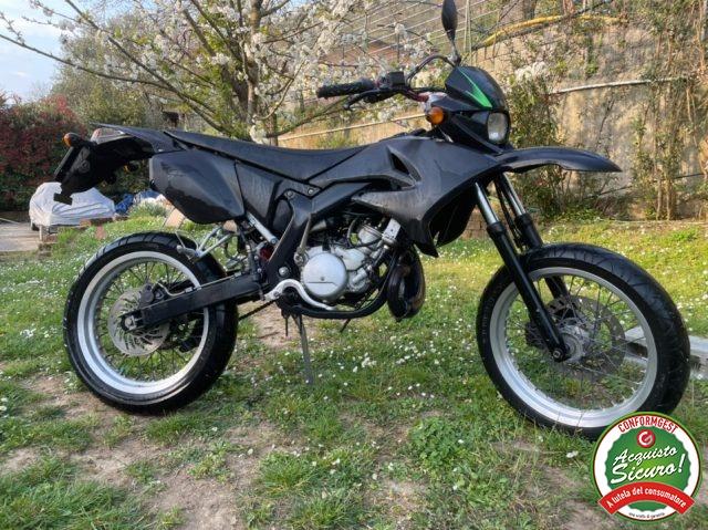 MOTOS-BIKES Yamaha DT 50 motard