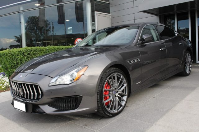 MASERATI Quattroporte V8 GTS Gransport *TETTO, RADAR. BOWERS  amp; WILKINS*