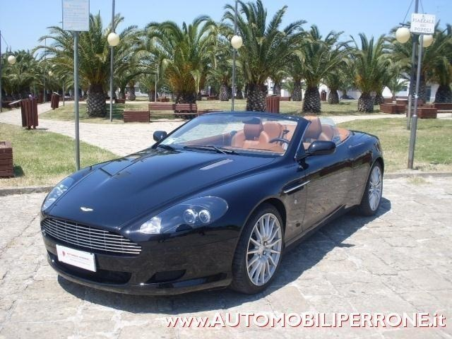 ASTON MARTIN DB9 Onyx Black metallized