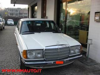 Annunci Mercedes Benz 200