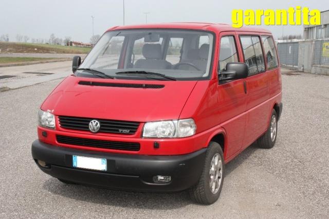Volkswagen Transporter usata Transp. 2.5 TDI/102CV cat Multivan diesel Rif. 9850360