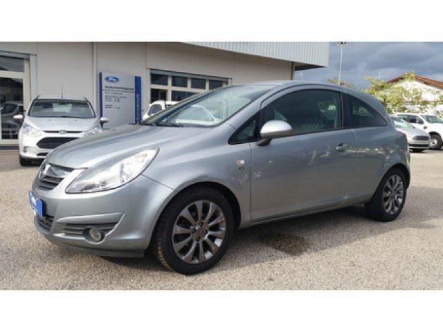Opel Corsa usata 1.2 Club 3 porte a benzina Rif. 9129042