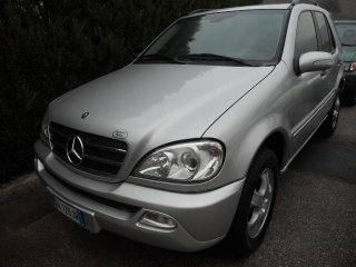 MERCEDES-BENZ ML 270 Turbodiesel Cat CDI SE Leather Usata