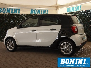 SMART ForFour 70 1.0 Youngster - Neopatentati + Gomme Invernali Usata