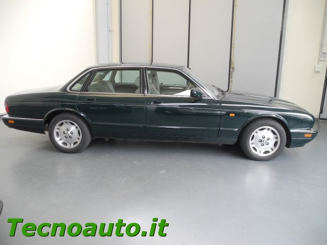 JAGUAR XJ6 3.2 cat Executive