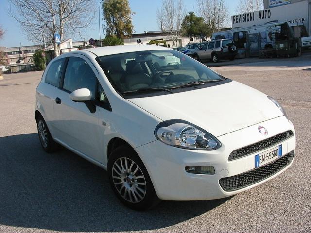 Fiat Punto usata 1.3 MJT II S&S 95 CV 3 porte Street diesel Rif. 9095050