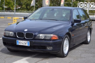 BMW 523 I 24V Touring Futura GPL Usata