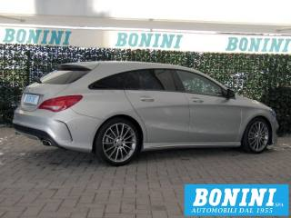 MERCEDES-BENZ CLA 220 D S.W. Automatic Premium - AMG - Shooting Brake Usata