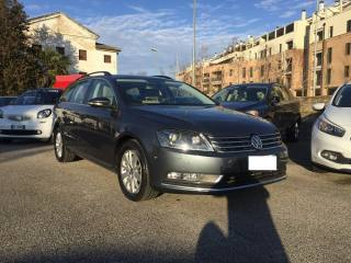 VOLKSWAGEN Passat Variant 2.0 140 CV TDCI FULL OPTIONAL BUSINESS BM TECH Usata