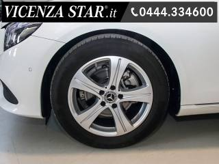MERCEDES-BENZ E 200 D Autom SPORT NEW MODEL Usata