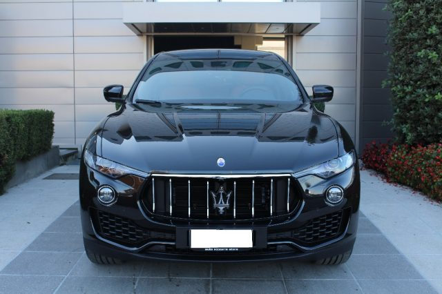 Maserati Levante km 0 V6 Diesel 275 CV AWD *UFFICIALE ITALIANA IN ARRIV* diesel Rif. 9744108